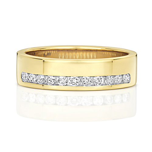 https://shop.strattonsjewellers.co.uk/content/product_images/rd552_am.jpg?modified_time=2018-07-19_13:15:35
