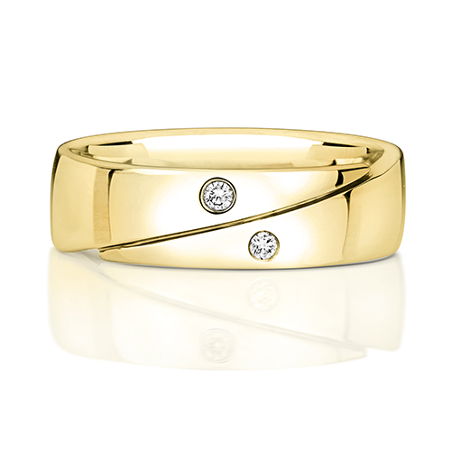 https://shop.strattonsjewellers.co.uk/content/product_images/rd715_am.jpg?modified_time=2018-07-19_13:15:39