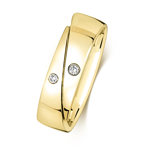 https://shop.strattonsjewellers.co.uk/content/product_images/rd715_bm.jpg?modified_time=2018-07-19_13:15:39