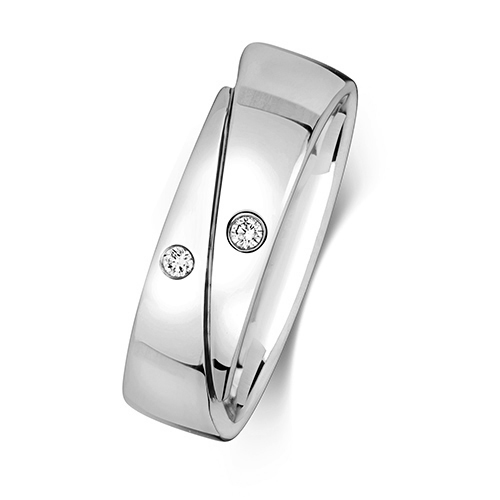 https://shop.strattonsjewellers.co.uk/content/product_images/rd715w_bm.jpg?modified_time=2018-07-23_09:55:44