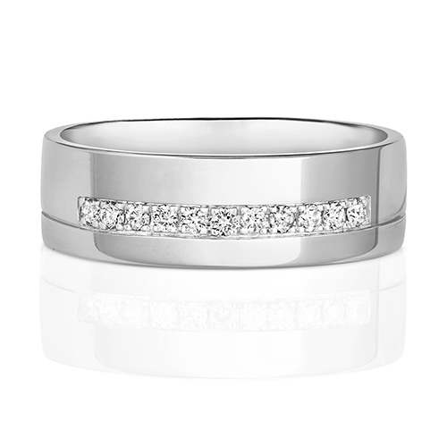 https://shop.strattonsjewellers.co.uk/content/product_images/rd731w_am.jpg?modified_time=2018-07-19_13:15:41